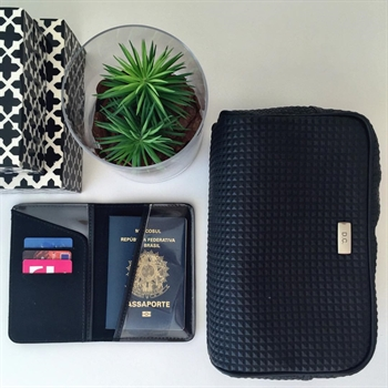 TRAVEL KIT MASCULINO PIRÂMIDE